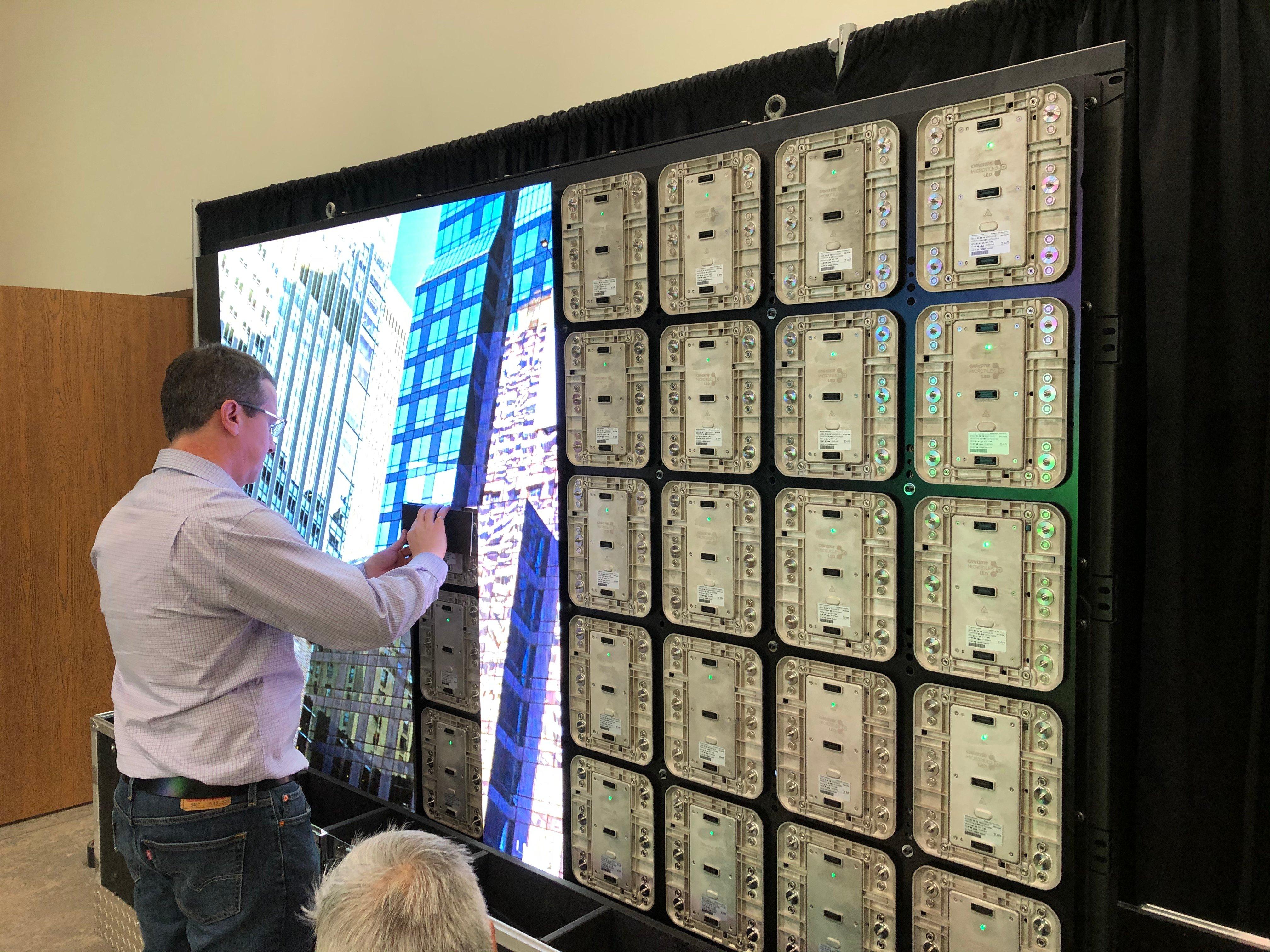 4K-Forum-2019-Building-Christie-Micro-Tile LED-Wall
